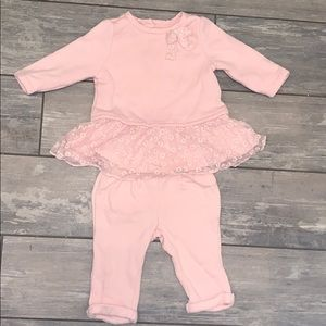 Baby GAP 3-6 months pink Floral Lace Outfit